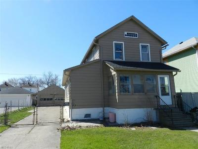 Lorain Single Family Home For Sale: 2220 East 29th St