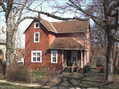 Warren Single Family Home For Sale: 1075 Woodland St Northeast