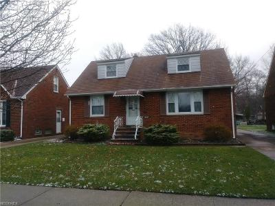Cleveland Single Family Home For Sale: 3237 West 153rd St