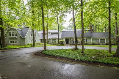 Gates Mills Single Family Home For Sale: 1820 County Line Rd