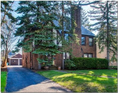 Shaker Heights Single Family Home For Sale: 3285 Enderby Rd