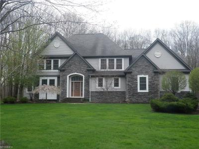 Chardon Single Family Home For Sale: 11610 Aquilla Rd