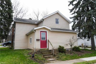 Wadsworth Single Family Home For Sale: 175 East Walnut St