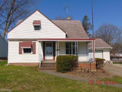 Willoughby Single Family Home For Sale: 5302 Nan Linn Dr