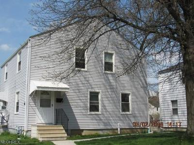 Lorain County Multi Family Home For Sale: 3753/3755 Gary Ave