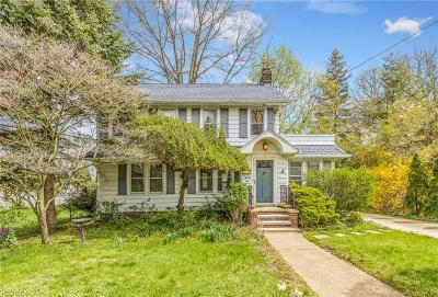 Painesville Single Family Home For Sale: 24 Forest Dr