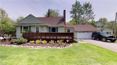 Cuyahoga County Single Family Home For Sale: 5460 Highland Rd