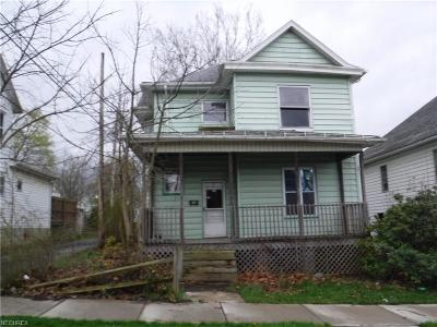 Guernsey County Single Family Home For Sale: 918 Beatty Ave