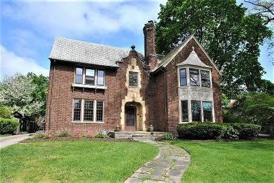Shaker Heights Single Family Home For Sale: 3017 Montgomery