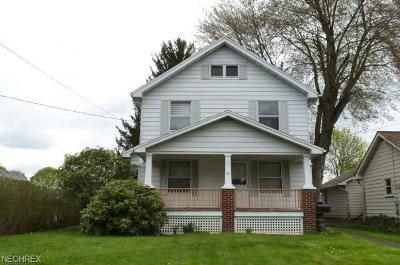 Struthers Single Family Home For Sale: 45 East Wilson St