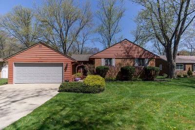 Westlake Single Family Home For Sale: 26336 Hilliard Blvd