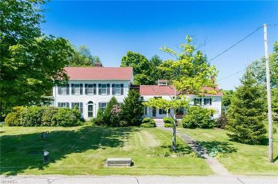 Garrettsville Single Family Home For Sale: 7521 State Route 82