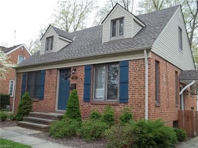 Bay Village Single Family Home For Sale: 562 Oakmoor Rd