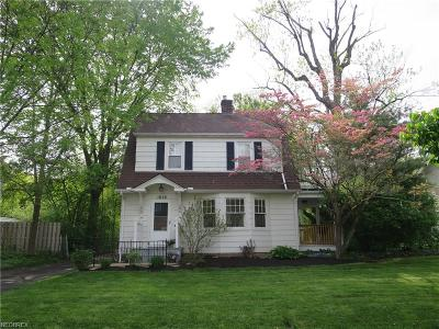Cleveland Heights Single Family Home For Sale: 1628 Maple Rd