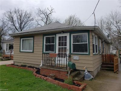 Willowick Single Family Home For Sale: 456 East 300th St