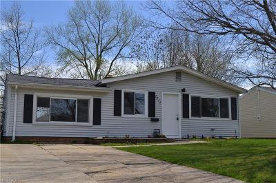 Wickliffe Single Family Home For Sale: 1711 Eldon Dr