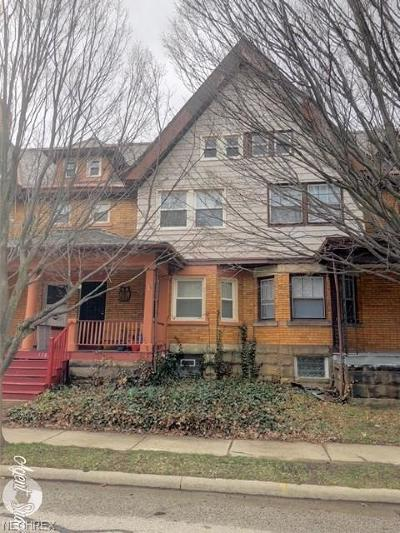 Lakewood Single Family Home For Sale: 1388 Beach Ave