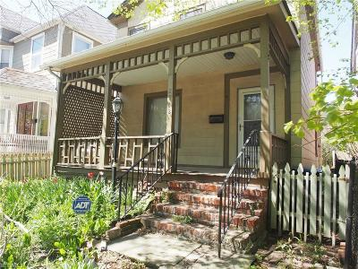 Single Family Home For Sale: 2912 Clinton Ave
