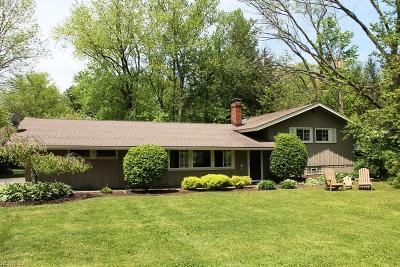 Geauga County Single Family Home For Sale: 53 East Bel Meadow Ln