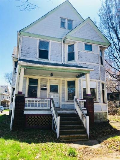 Cleveland Single Family Home For Sale: 7505 Franklin Blvd
