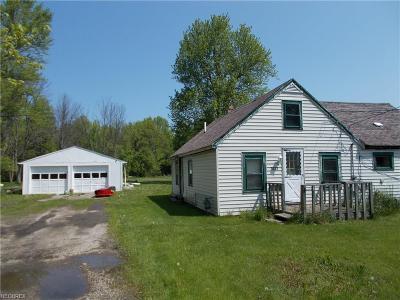Ashtabula Single Family Home For Sale: 3023 Carpenter Rd