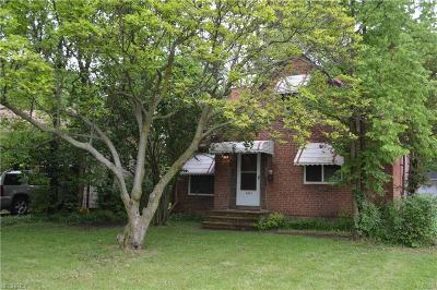 South Euclid Single Family Home For Sale: 4273 Bayard Rd