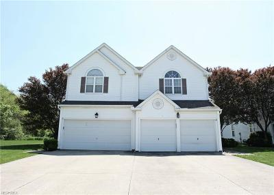 Olmsted Falls Single Family Home For Sale: 9794 Sugarbush Cir