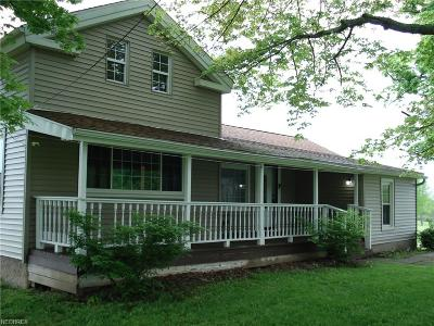 Ashtabula County Single Family Home For Sale: 1501 Stumpville Rd