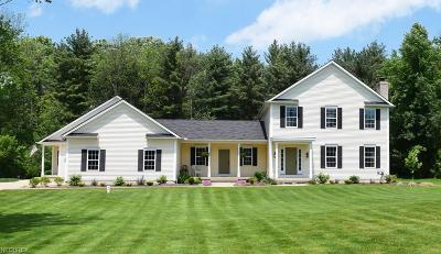 Geauga County Single Family Home For Sale: 11786 Lake Rd