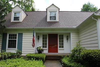 Solon Single Family Home For Sale: 32670 Woodsdale Ln