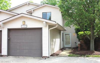 Strongsville Condo/Townhouse For Sale: 11547 Pearl Rd #C302