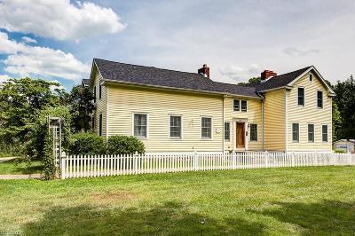 Chardon Single Family Home For Sale: 8731 Williams Rd