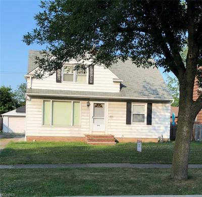 Wickliffe Single Family Home For Sale: 899 Bryn Mawr Ave