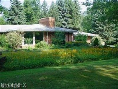 Warren Single Family Home For Sale: 6851 Highland