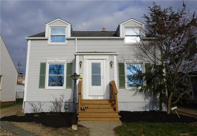 Parma Single Family Home For Sale: 6115 Stanbury Rd