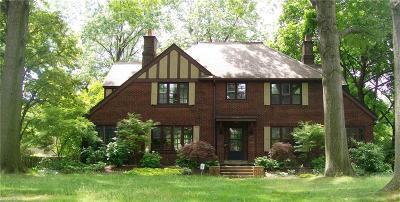 Shaker Heights Single Family Home For Sale: 2720 Endicott Rd