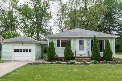 Parma Single Family Home For Sale: 10607 Brainard Dr