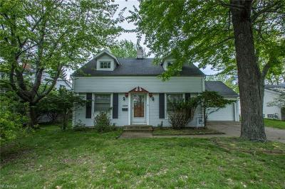 Richmond Heights Single Family Home For Sale: 25106 Edgemont Rd