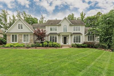 Chagrin Falls Single Family Home For Sale: 7585 Trails End