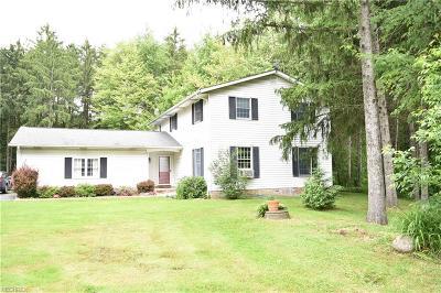 Chardon Single Family Home For Sale: 10662 Wilson Mills Rd