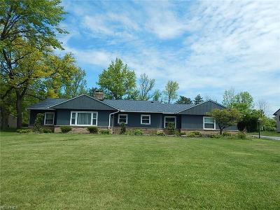 Beachwood Single Family Home For Sale: 25489 Bryden Rd