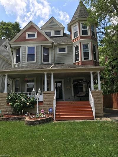 Cleveland Single Family Home For Sale: 3296 East 55th St