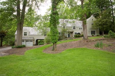 Cuyahoga County Single Family Home For Sale: 659 Chagrin River Rd