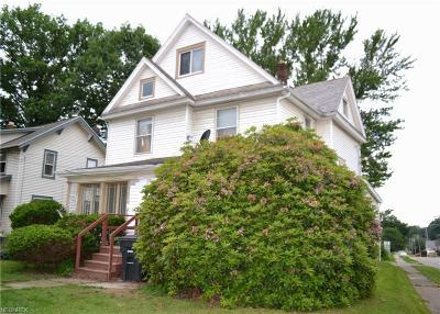Wadsworth Multi Family Home For Sale: 410 High St
