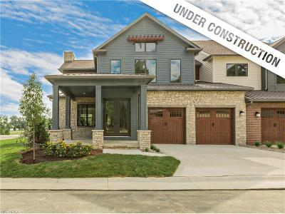 Pepper Pike Single Family Home For Sale: 2521 Edgewood Trace