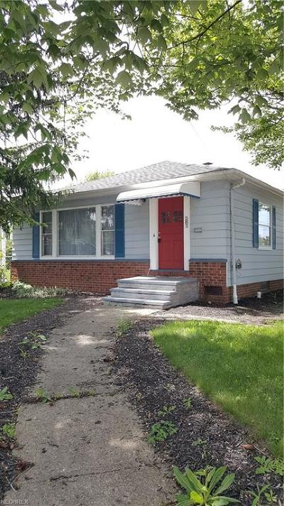 Willowick Single Family Home For Sale: 582 East 305th St