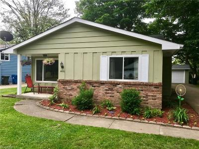North Olmsted Single Family Home For Sale: 4430 Silverdale Rd