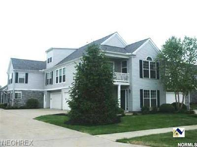 Highland Heights Condo/Townhouse For Sale: 5650 South Greenway Ct South #A