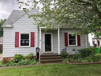 Willowick Single Family Home For Sale: 32718 Lake Shore Blvd