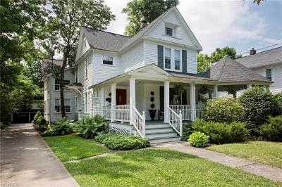 Chagrin Falls Single Family Home For Sale: 47 Maple St